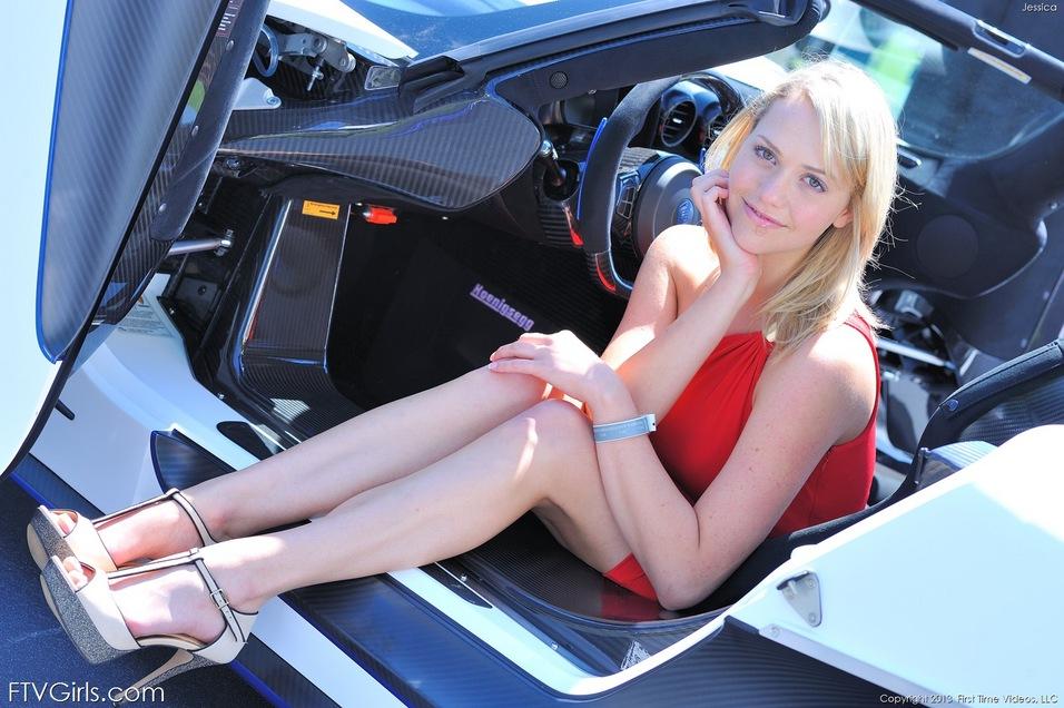 Cute sunny blonde Jessica upskirt and masturbation pics