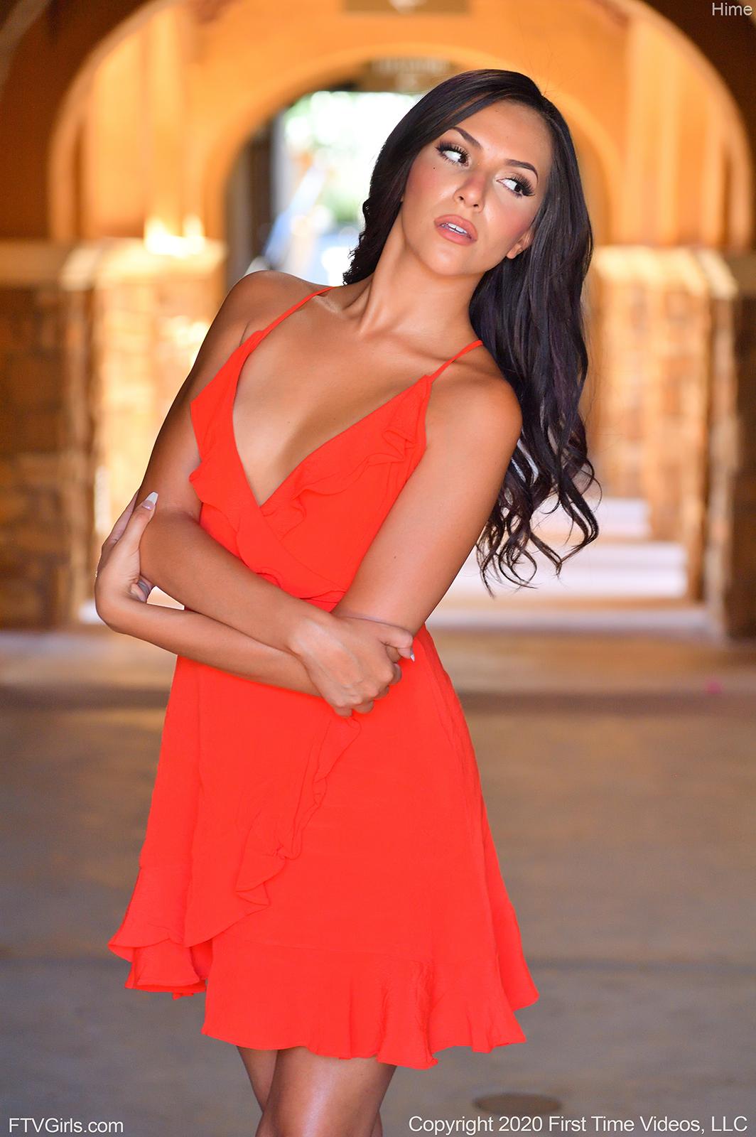 red-dress-modeling11.jpg