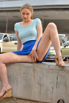 wpid-short-skirt-public-nude-shots9.jpg